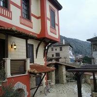 Photo taken at Αρχοντικό Ωρολογόπουλου by Xristos P. on 1/31/2014