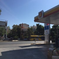 Photo taken at Shell by Στάθης Κ. Σ. on 9/16/2017