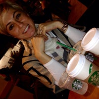 Photo taken at Starbucks by ..öz.. on 10/6/2014