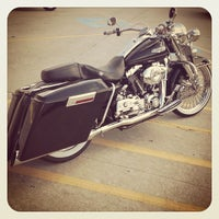 Photo taken at Stubbs Harley-Davidson by Rachi Y. on 10/13/2012