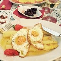 """Das Foto wurde bei Restaurant """"Zum Schmale Wurf"""" von Güliz K. am 5/17/2015 aufgenommen"""