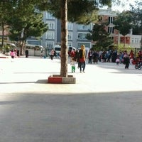 Photo taken at 29 Ekim İlkokulu by orhan c. on 4/18/2016