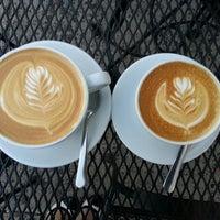 Foto scattata a Ultimo Coffee @ Brew da Susan M. il 4/5/2013