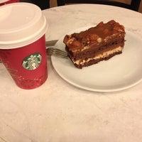 11/20/2013 tarihinde Alptekin K.ziyaretçi tarafından Starbucks'de çekilen fotoğraf
