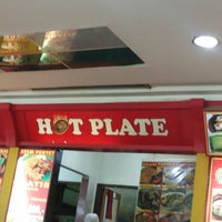 Photo taken at Hot Plate by Dian W. on 9/29/2013