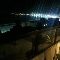 Foto tirada no(a) Oceano Copacabana Hotel por Nin V. em 2/14/2017