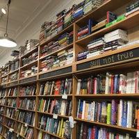 11/12/2016에 Mark H.님이 Sherman's Books and Stationery에서 찍은 사진