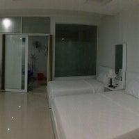 Photo taken at An Phú Gia Apartments by Elini B. on 11/6/2013