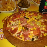 9/28/2013 tarihinde Pınarziyaretçi tarafından My Pizza'de çekilen fotoğraf