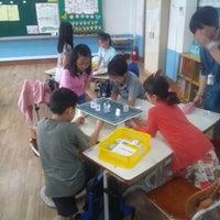 Photo taken at 윤중초등학교 by 승열 on 5/21/2014