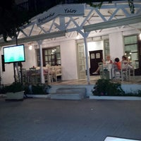 Photo taken at Byzantio & Yalos by Παναγιώτης Κ. on 7/13/2014