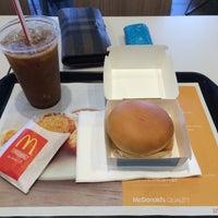Photo taken at マクドナルド 外環勧修寺店 by 大輔 宮. on 5/9/2015