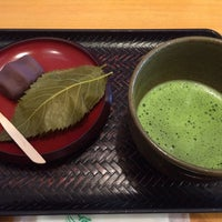Photo taken at 琴きき茶屋 by おかお on 3/22/2014
