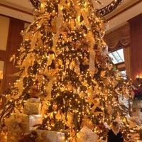 รูปภาพถ่ายที่ Inn On Biltmore Estate โดย Amy Noelle W. เมื่อ 12/11/2012