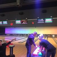 Photo taken at Bowling Stones by Céline U. on 2/10/2018