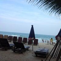 Photo taken at Fair House Beach Resort & Hotel by Suphasak S. on 3/10/2013