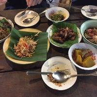 Photo taken at ม่านเมืองอาหารเหนือ by Pound K. on 5/8/2017