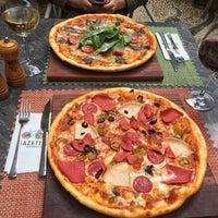 10/28/2017 tarihinde Bahadir K.ziyaretçi tarafından Gazetta Brasserie - Pizzeria'de çekilen fotoğraf