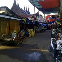 Photo taken at Pasar Lubuk Alung by Yondanil S. on 6/1/2013