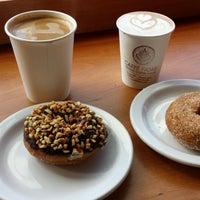 Foto tirada no(a) Caffe Fiore por Dion W. em 8/25/2013