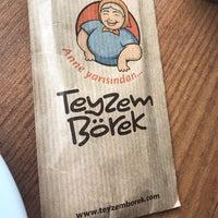 Photo prise au Teyzem Börek par Buse B. le12/5/2017