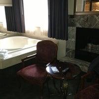 Photo taken at Rogue Regency Inn by Dusty H. on 11/20/2013