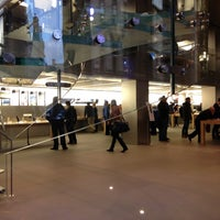 Photo taken at Apple Buchanan Street by Ioannis G. on 11/9/2012