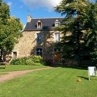 Photo taken at Domaine Arvor by Javi R. on 8/20/2014