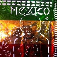 Foto tomada en Tacos Chapultepec por Mariana S. el 6/22/2013