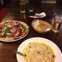 7/10/2014 tarihinde David L.ziyaretçi tarafından Papaleo Pizzeria'de çekilen fotoğraf
