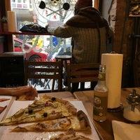 11/21/2016 tarihinde David L.ziyaretçi tarafından Zerostress pizza'de çekilen fotoğraf