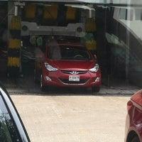 Photo taken at Hyundai/Kia Service Center by Gogo H. on 8/24/2013
