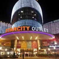 10/14/2013 tarihinde Sibel E.ziyaretçi tarafından Starcity Outlet'de çekilen fotoğraf
