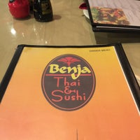 Photo taken at Benja Thai & Sushi by Miguel Angel FC on 8/25/2016