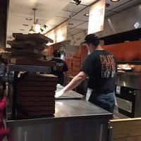 Снимок сделан в Blaze Pizza пользователем Brad E. 1/26/2017