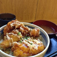 Photo taken at 鳥天丼 テンキチ by hamunida on 10/25/2012