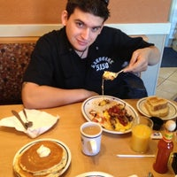 Photo taken at IHOP by Michael Q. on 11/24/2013