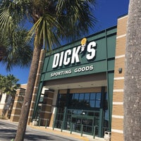 Photo taken at DICK'S Sporting Goods by Stacy S. on 2/16/2016