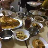 1/21/2017 tarihinde Najmi S.ziyaretçi tarafından Restoran Sederhana'de çekilen fotoğraf