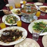 Снимок сделан в Restoran D' Coral Ikan Bakar Istimewa & Thai Seafood пользователем sitisafiyahhh 1/1/2017