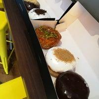 Снимок сделан в The Rolling Donut пользователем Xian Ming K. 5/23/2017