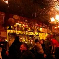 Das Foto wurde bei Bradley's Spanish Bar von Intan A. am 1/3/2013 aufgenommen