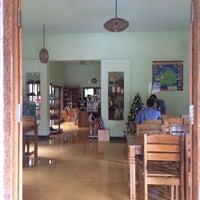 Photo taken at LUWAKMAS cafe Family CAFE and RESTO by owwdhix on 12/2/2014