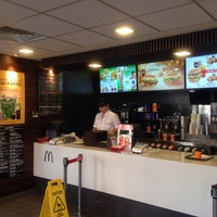 Photo taken at McDonalds by Jongseo K. on 1/14/2017