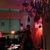 11/22/2012にGerhardがDining Bar Vague (ヴァーグ)で撮った写真
