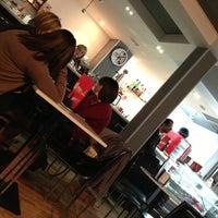 Photo taken at Café Del Plata by 🃏 JᎾᏒᎶЄᎠIHЄ on 1/1/2013