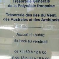 รูปภาพถ่ายที่ Tresorerie Generale de Polynesie Française TIVAA (Tresorerie des Iles du Vent, Australes & Archipels โดย Christophe K. เมื่อ 6/10/2013