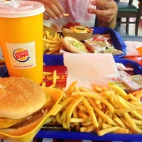 Photo taken at Burger King by Oğuzhan S. on 8/26/2013