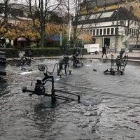 Foto diambil di Tinguely-Brunnen oleh Uluğ Ç. pada 11/18/2017