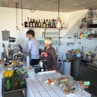 Photo taken at Bay Frost Kaffebar by Julie C. on 5/7/2016